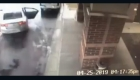 Un niño rescató a su hermana durante un robo de auto