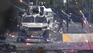 """Carlos Alberto Montaner sobre Venezuela: """"La salida será violenta inevitablemente"""""""