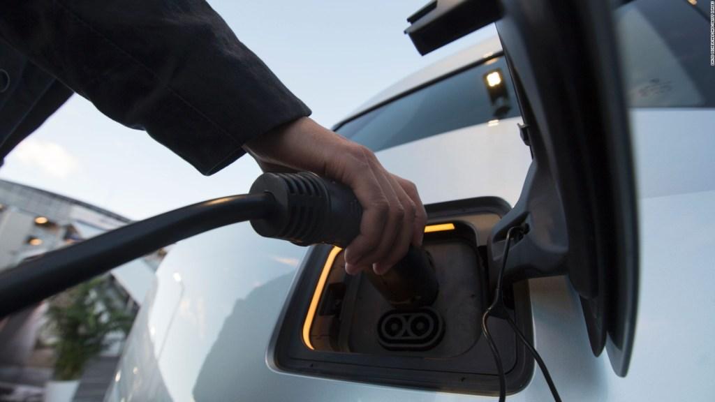Amsterdam vetará carros de combustible diésel y gasolina en 2030