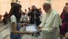 Papa Francisco visita campamento de refugiados en Bulgaria