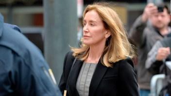 El caso del fraude universitario: Felicity Huffman se declara culpable