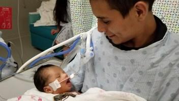 El bebé de Marlén Ochoa López se recupera en el hospital