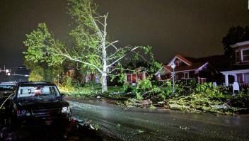 Las imágenes más impactantes del tornado en Missouri