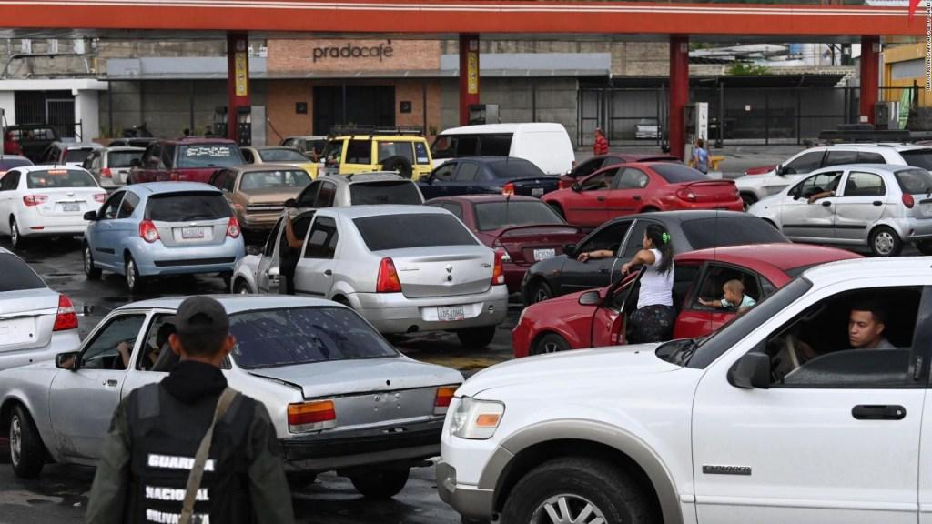 La escasez de gasolina: ¿el comienzo del fin de Maduro?