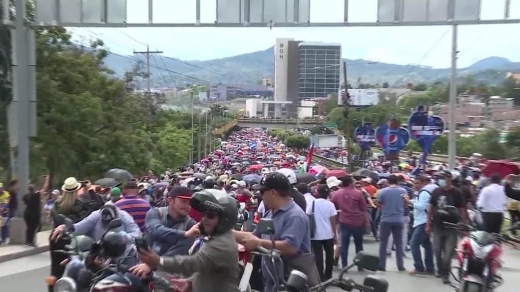 Protestan contra privatización de salud y educación