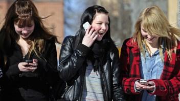 Prohibición celulares Australia
