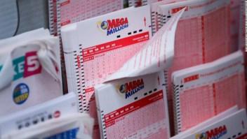 Lotería Hombre compartir con exesposa