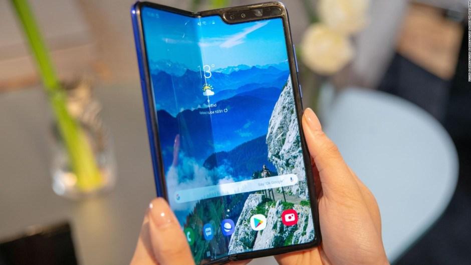 Pedidos de Galaxy Fold de Samsung siguen siendo cancelados