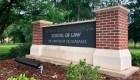 Universidad de Alabama devuelve millonaria donación