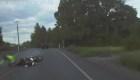 Una motocicleta choca contra una patrulla en Oregon