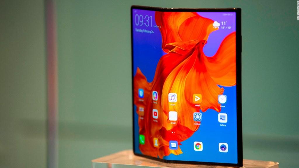 Huawei retrasa lanzamiento de su teléfono plegable