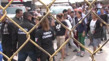 Colapsan albergues por la llegada de migrantes en Tijuana