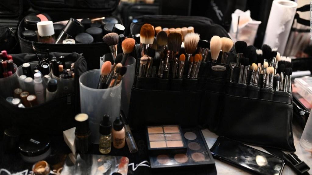 Niños intoxicados por productos cosméticos