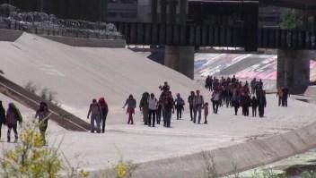 Migrantes varados en México: ¿qué les espera?