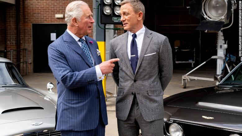 James Bond, Daniel Craig, Príncipe Carlos