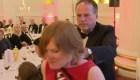 Ministro de Gran Bretaña empuja a activista de Greenpeace