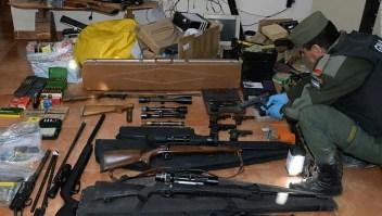 Decomisan un arsenal de armas en Argentina
