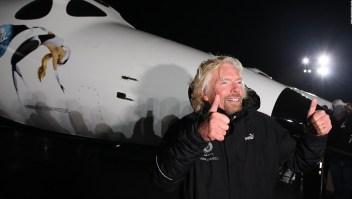 Richard Branson planea cotizar a Virgin Galactic