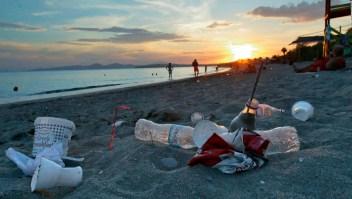 ¿Por qué el océano está invadido de plásticos?