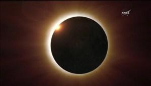 Eclipse total de sol oscurecerá partes Sudamérica