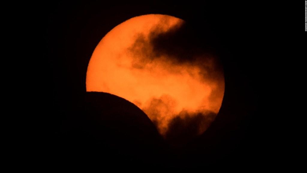 Así vivió San Juan, Argentina, el eclipse total de sol