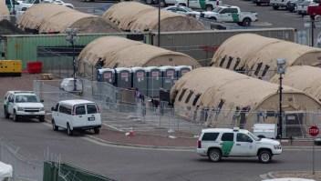 Agente fronterizo, disgustado por grupo de CBP en Facebook