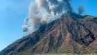 Pánico por erupción en la isla italiana de Stromboli