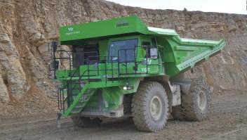Este enorme camión es 100% eléctrico