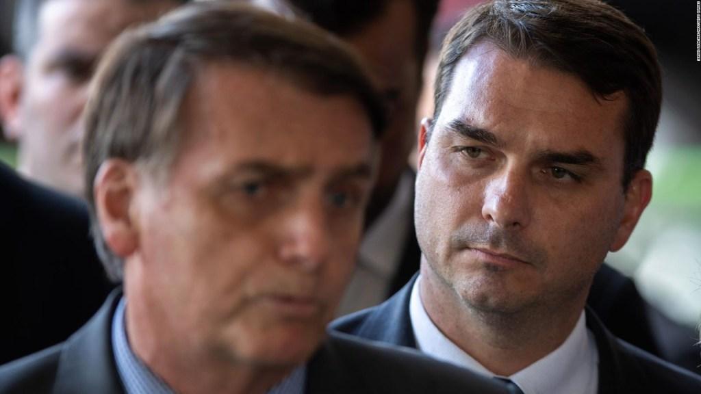 ¿Por qué investigan al hijo de Bolsonaro por corrupción?