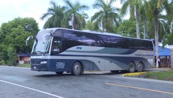11 autobuses para deportar a 410 hondureños de México