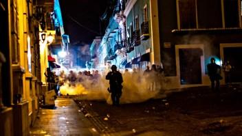 Destrozos en San Juan durante protestas masivas