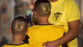 Comprar un equipo de fútbol para matar el racismo