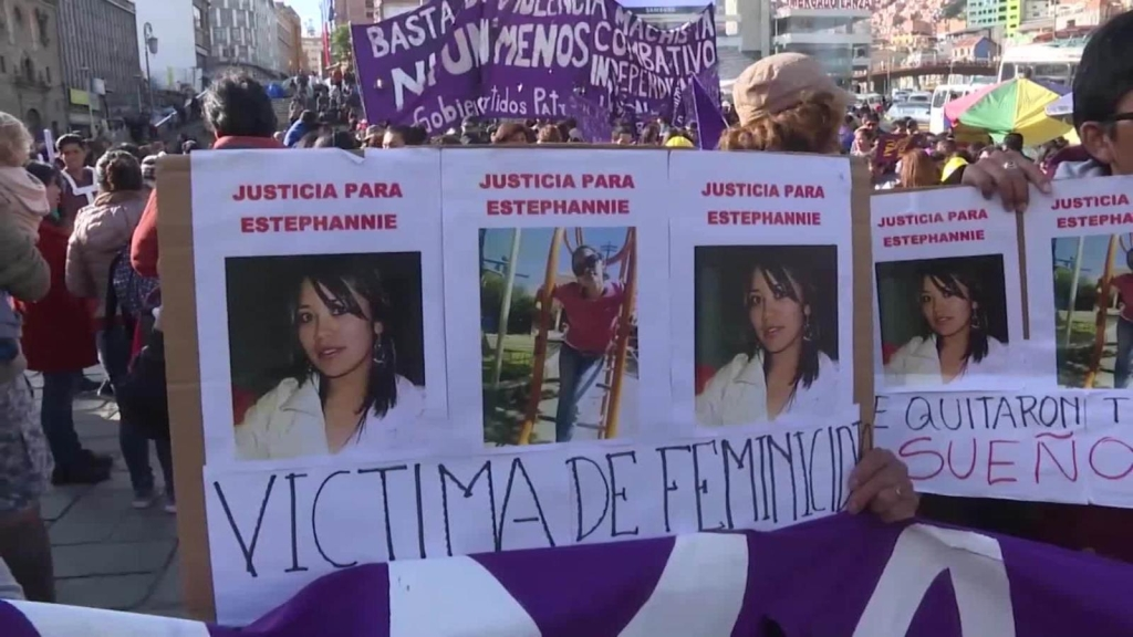Bolivia lucha contra el feminicidio