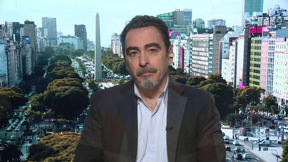 """Federico Andahazi habla de """"La matriarca, el barón y la sierva"""""""
