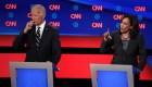 Atacan a Biden y a Obama en el debate demócrata