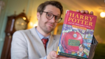 Libro de Harry Potter se vende por US$ 34.500