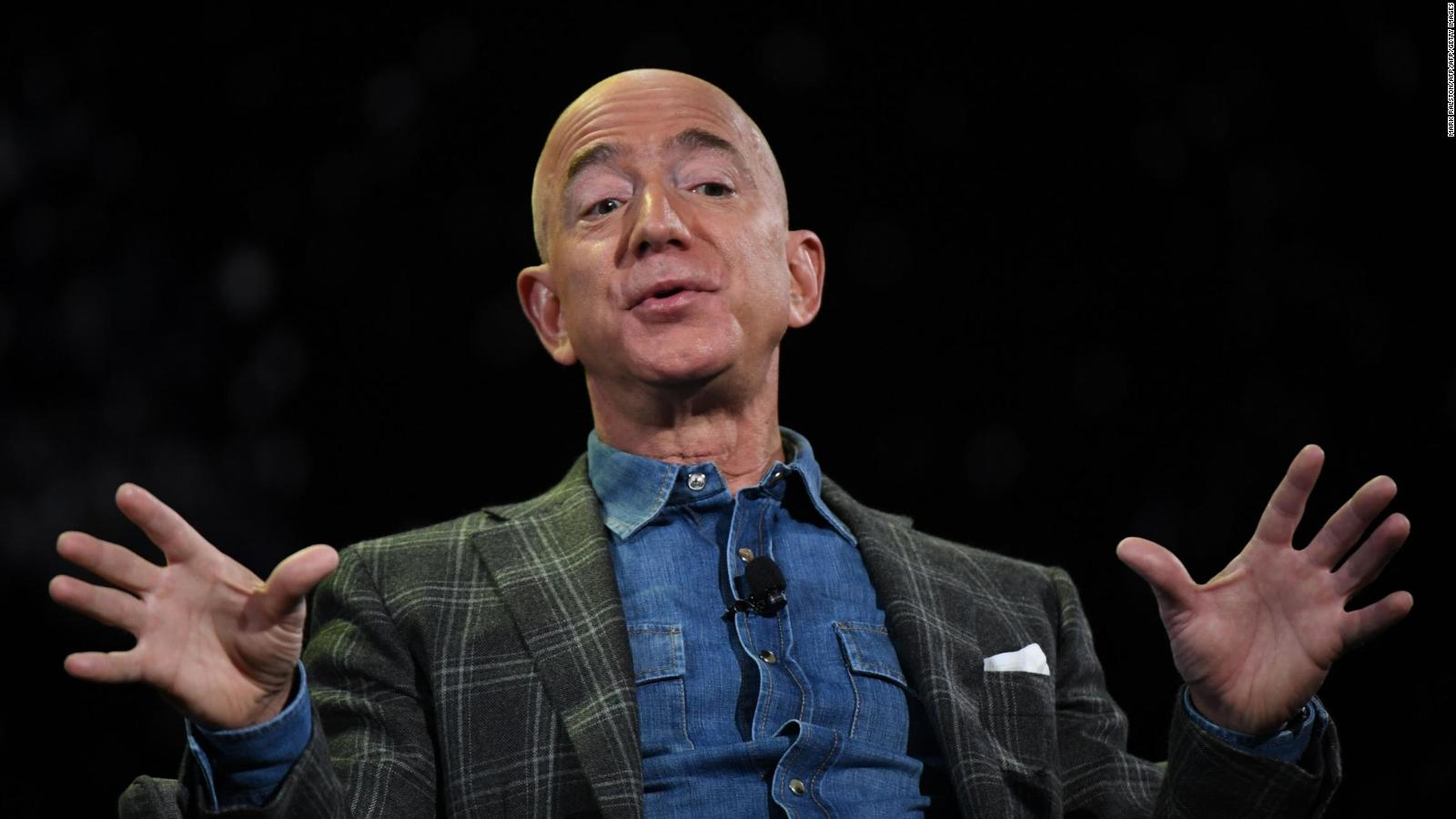 Jeff Bezos se desprende de miles de acciones de Amazon