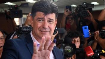 """Efraín Alegre """"Hay sospechas que comprometen al presidente"""""""