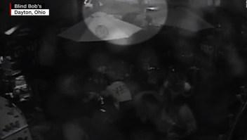 Video muestra al atacante de Ohio justo antes del tiroteo