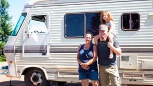 Casas rodantes para los damnificados en California