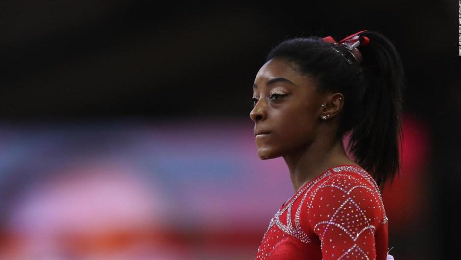 ¿Por qué casi llora Simone Biles antes de una práctica?