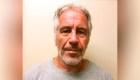 Jeffrey Epstein se suicidó en prisión