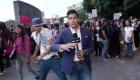Identifican al agresor de reportero golpeado en protesta