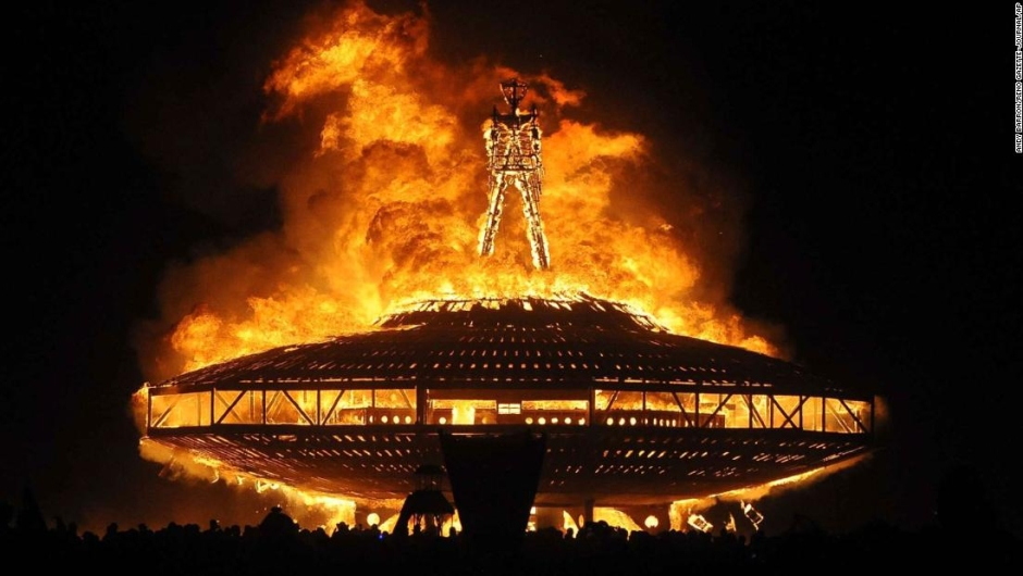 Burning Man amenaza de incendio