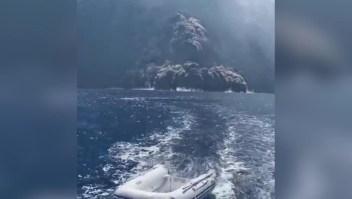 Captan erupción de volcán en Italia