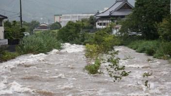 Fuertes inundaciones sacuden a Japón