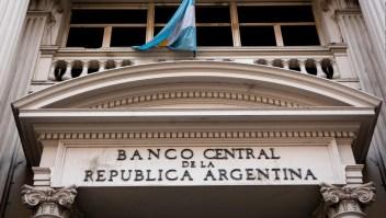 ¿Es el momento para apostar por acciones y bonos argentinos?