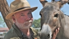 Este héroe de CNN se dedica a rescatar burros