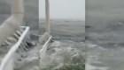 Un importante aeropuerto está bajo el agua en las Bahamas