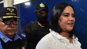 Condenan a 58 años a ex primera dama de Honduras